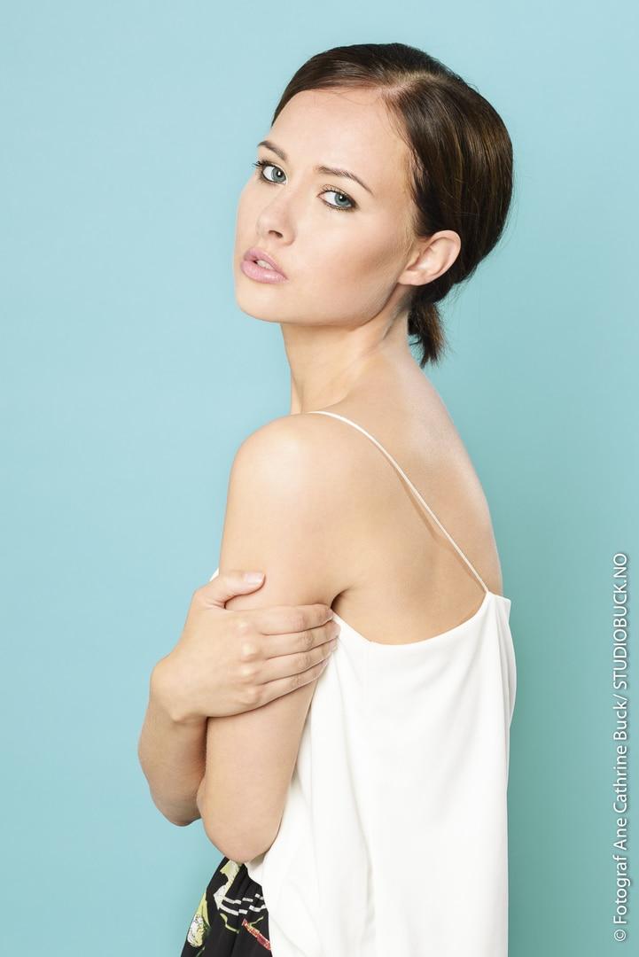 Studio Modell Makeup Artist
