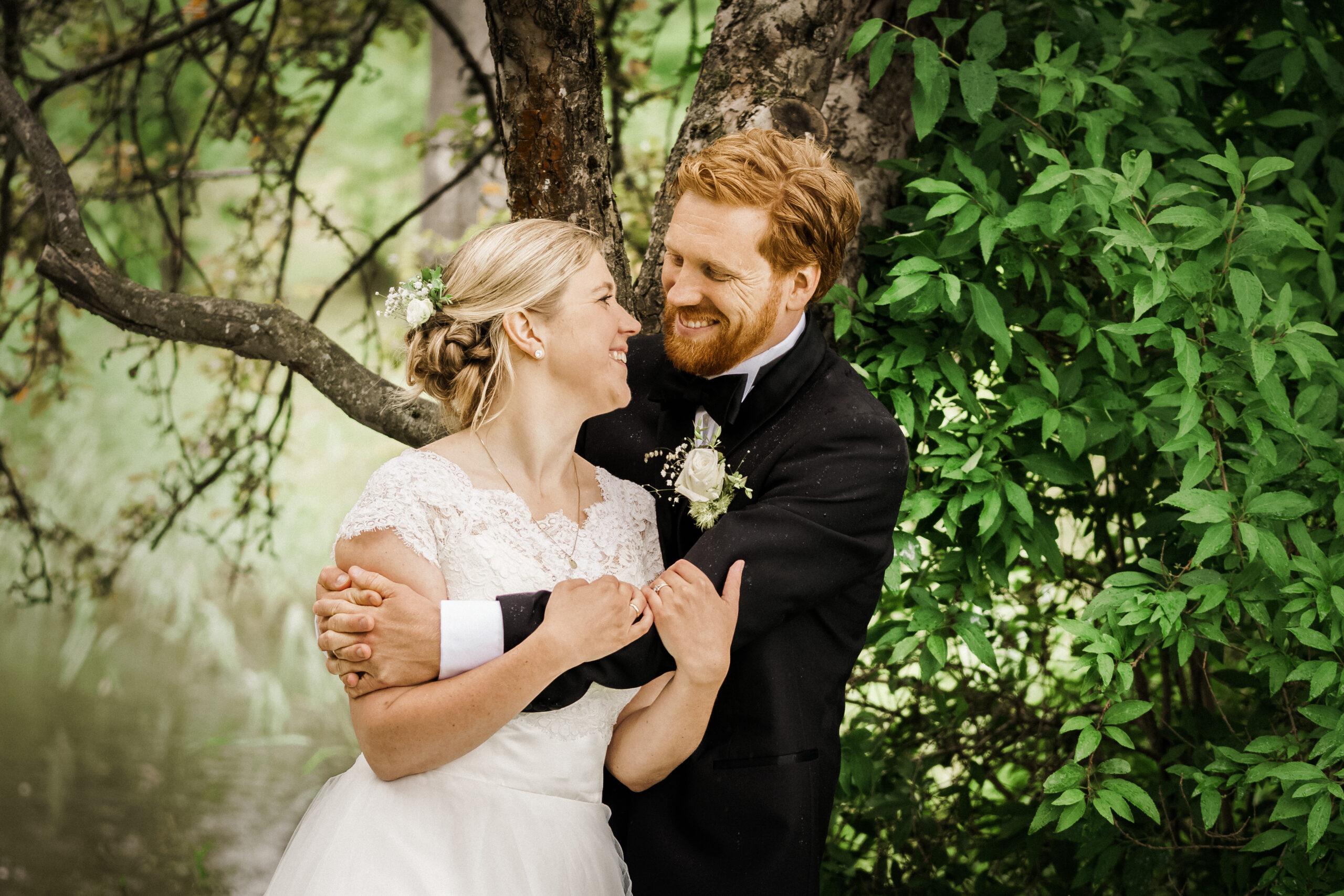 Bryllupsbilder i Rosanesparken