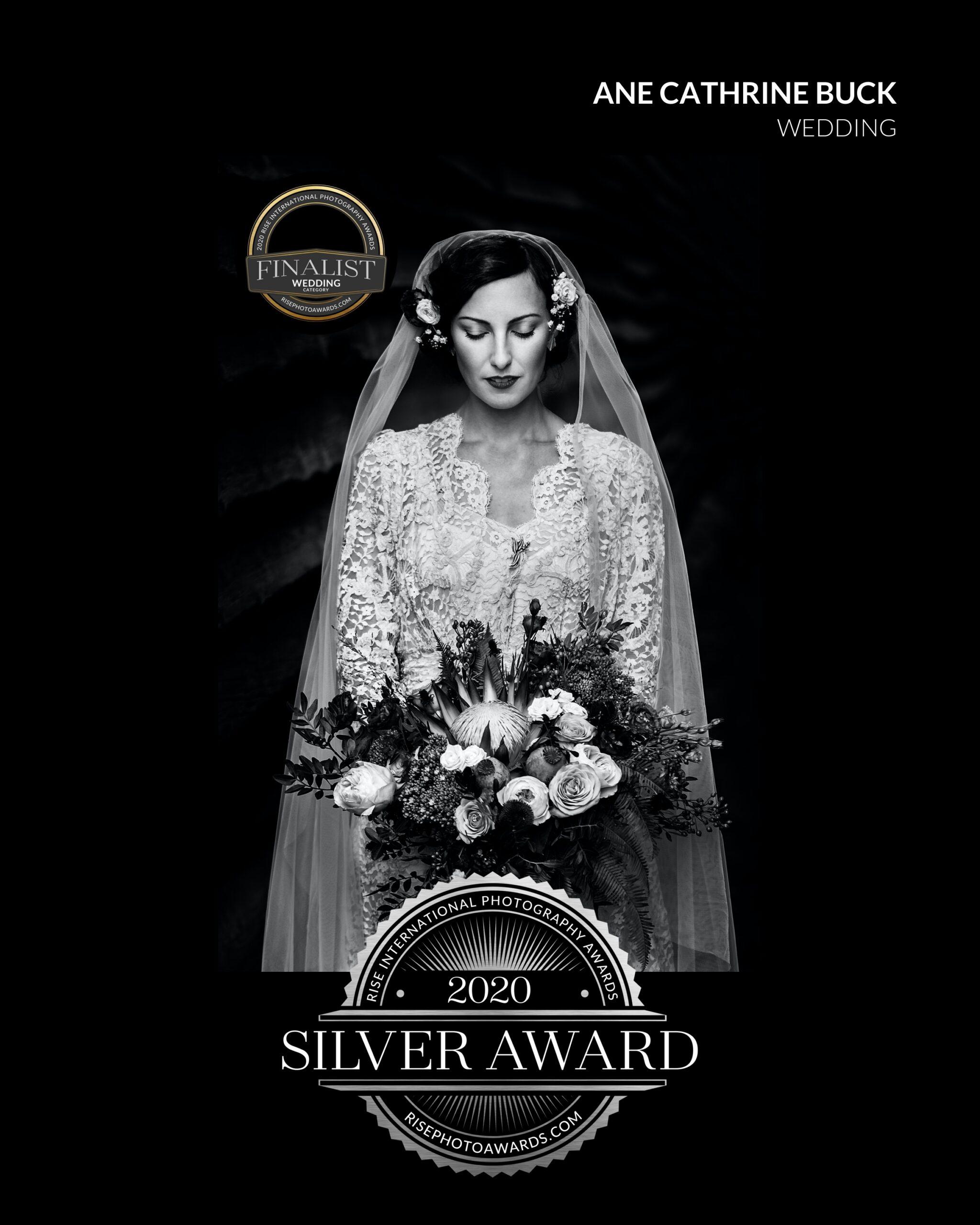 Bryllups bilde finalist internasjonal konkurranse sølv medalje brud svart hvit